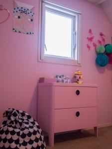 roze kastje met zitzak